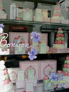 Ladurée! Paris © Alice Joyce